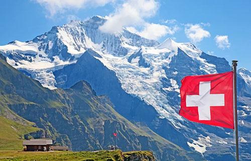 阿尔卑斯山越来越高