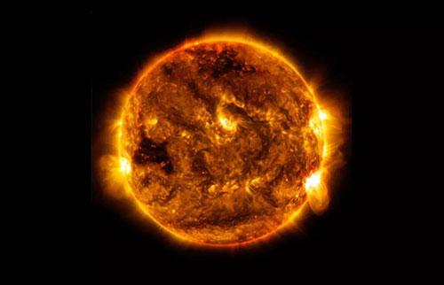 太阳是什么颜色?