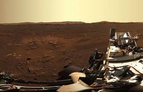毅力漫游车拍摄火星登陆点的华丽高清全景图