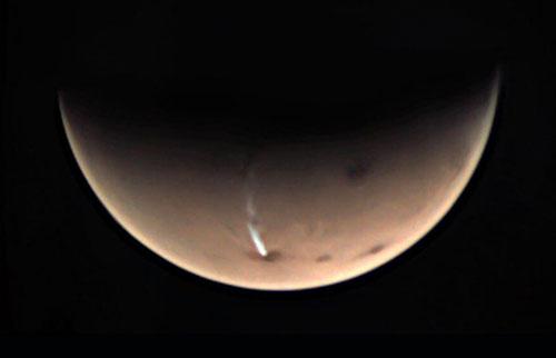 火星上怪异的长云终于揭示了它的一些秘密