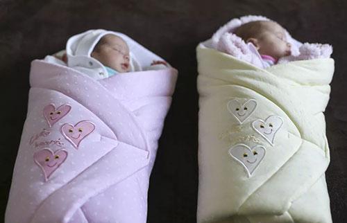 双胞胎的出生比以往任何时候都多