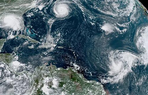 """NOAA预测2021年将迎来""""高于正常""""飓风季节"""