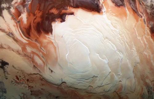 火星南极下方可能有数十个湖泊