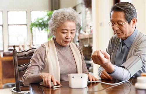 为什么女性往往比男性活得更久?