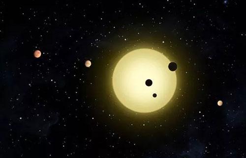 四分之一的类太阳恒星吃掉自己的行星