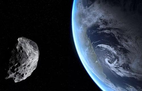 三倍于自由女神像的小行星将在秋分时飞越地球